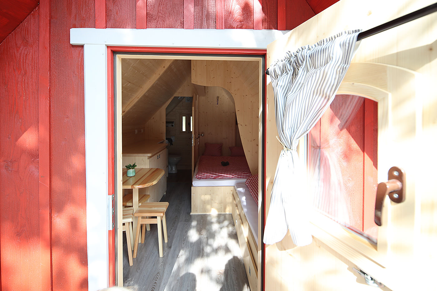 Trollhaus Rot Einblick